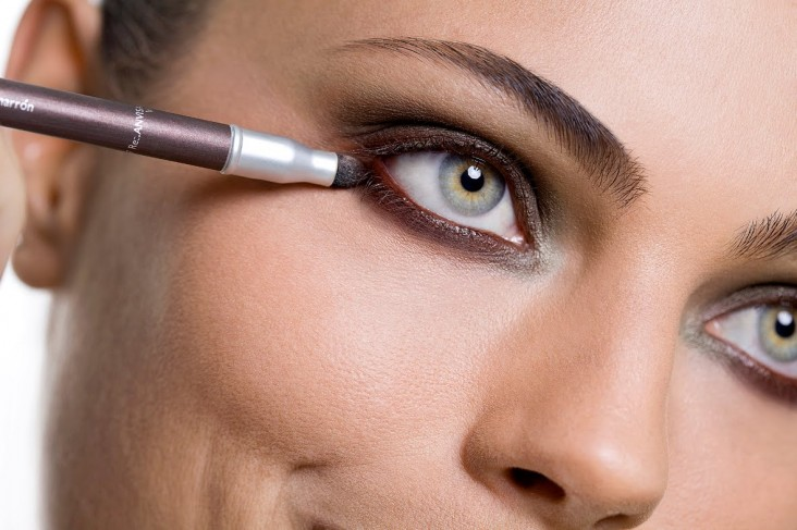 depyl-action-maquiagem-olhos